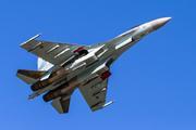 Истребитель Су-27 перехватил американский и шведский самолеты у границы России