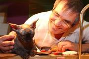 """""""Я умолял сегодня  не говорить отцу о пропаже кота и думал, может увеличить вознаграждение"""", признался сын Бари Алибасова"""