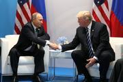 """Песков: Путин и Трамп смогут """"кратко"""" переговорить в Японии"""