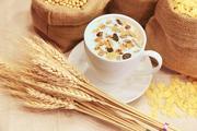 Диетологи рассказали о привычных завтраках, которые приносят вред организму