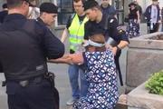 За час до начала митинга в Москве на Тверской улице задержали уже более 60 человек