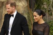 Соседям принца Гарри и герцогини Меган запретили здороваться с семейной парой