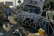 Грузовик сбил пятерых человек на тротуаре в Казани