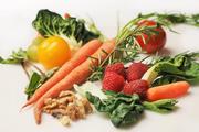 Есть, чтобы жить: врачи назвали продукты, способствующие долголетию