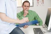 Простой способ снизить риск смерти от сердечного приступа и рака нашли ученые