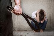 """""""Мамочка, не бей"""", в  Москве арестовали семейную пару, которая издевалась над приёмными детьми"""