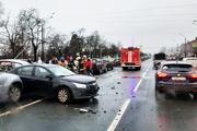 Массовое ДТП  с 13 автомобилями произошло в Санкт-Петербурге