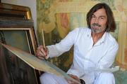 Художник Никас Сафронов пожаловался в полицию на шантаж. Plus-size модель требовала 400 тысяч, иначе расскажет об изнасиловании