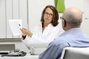 Четыре ранних сигнала организма о раке кишечника раскрыла зарубежный онколог