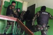 «Пилят дверь болгаркой», за какие «грехи» к автору проекта «Омбудсмен полиции» вновь вломились силовики?