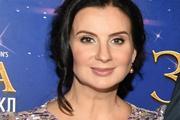 Телеведущая Екатерина Стриженова из-за критики фигуры решилась на липосакцию