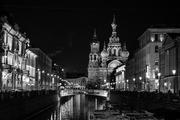 Очевидцы: в Петербурге после мощной вспышки отключилось электричество
