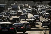 Москвичей призывают завтра передвигаться по городу на общественном транспорте