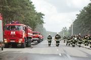 Автобус с пассажирами загорелся на трассе под Кировом
