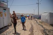 Появились кадры массового бегства сирийцев от исламистов под охраной военных РФ