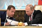 Медведев поручил обеспечить занятость россиян предпенсионного возраста