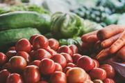 Составлен список продуктов, провоцирующих рак и защищающих от него