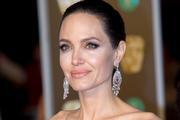 """Адвокат Анджелины Джоли отказалась работать с актрисой: слишком """"ядовитая"""""""