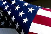 В память о Джоне Маккейне у Белого дома приспустили флаг