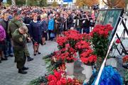 В Донецке помянули Александра Захарченко (Фоторепортаж)