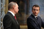 Путин и Макрон поговорили по телефону перед саммитом в Стамбуле