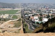 Пентагон готовится выдвинуть войска на границу с Мексикой