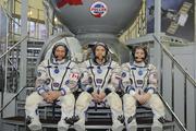 Космонавты на МКС вышли работать в открытый космос