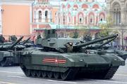"""Испытания новейшего танка """"Армата"""" начнутся в будущем году"""