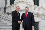 Порошенко и Эрдоган провели переговоры в Стамбуле