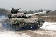 Видео с «уничтожающим» позиции ДНР танком украинской армии обнародовали в сети