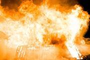 Из горящей московской квартиры спасли человека