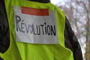 В Париже полиция задержала более 40 «желтых жилетов»
