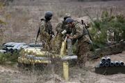 Опубликовано видео уничтожения ВСУ бронемашины ополченцев на Светлодарской дуге