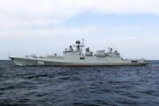 Российский фрегат встретился с американским эсминцем в проливе Босфор