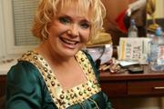 Певица Екатерина Шаврина научилась делать шпагат и зарегистрировалась в соцсетях