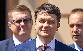 В партии Зеленского решили отказаться от коалиции