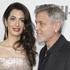 Источник утверждает, что Джордж Клуни больше не живет с женой