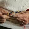 Ученые сообщили о важности выполнения мелких движений руками в зрелом возрасте
