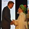 Глава Троицка получил награду от мусульман России