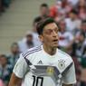 Месут Озил решил завершить карьеру в сборной Германии