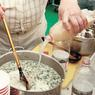 Англичане изучают русскую кухню