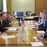 США потребовали «прекратить насилие» в Крыму