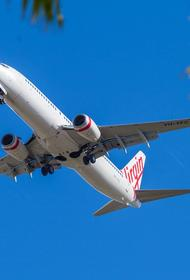 У канадского самолета во время взлета оторвалось колесо