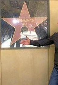 «Он кого-то оскорбил? Унизил? Это же копейки!», чеченский чиновник не видит ничего плохого в том, что бросал в толпу деньги