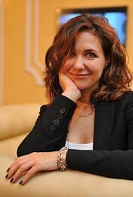 Видео актрисы Екатерины Климовой в белом бикини случайно попало в сеть