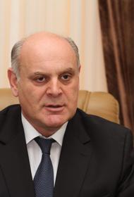 Аслан Бжания станет фаворитом на выборах Абхазии