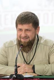 Кадыров временно сложил полномочия из-за лечения, рассказал его пресс-секретарь