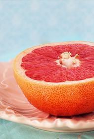 Диетолог раскрыла мифы о грейпфруте