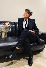 Любовь Успенская призналась, что на одном из концертов она 4 часа сидела на сцене голой