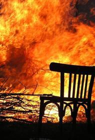 В Подмосковье полицейские спасли из горящего дома двух пожилых женщин